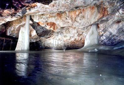 Výsledok vyhľadávania obrázkov pre dopyt Dobšinská ľadová jaskyňa, Slovensko